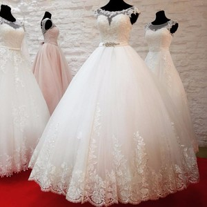 Image 1 - Đầm Vestido De Noiva Váy Cưới Công Chúa 2020 Táo Ren Cạp Phồng BẦU ĐẦM Cô Dâu Với Dây Áo Dây De Mariee