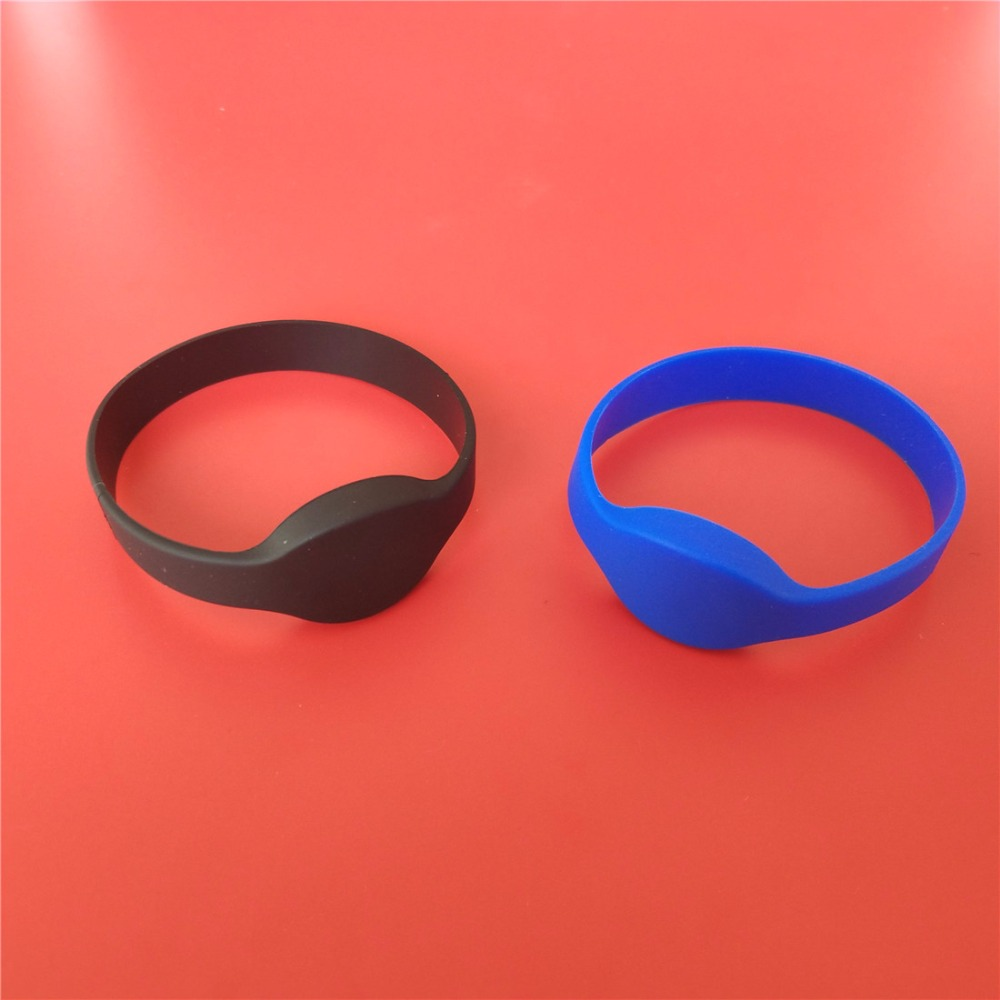 1PCS 125KHZ EM4100/TK4100 RFID Bracelet Silicone TK4100 Wristband Watch ID Card Read Only for Access Control 100pcs tk4100 125khz rfid wristband bracelet silicone waterproof proximity smart card watch type for access control