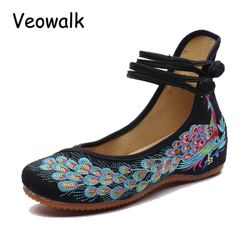 Veowalk Big Size 34-41 Ballerinas Dancing Shoes Women Peacock Embroidery Soft Sole Casual Shoes Beijing Cloth Walking Flats old beijing peacock s tail floral canvas flats blue red chinese national comfortable soft sole embroidery cloth dance shoes