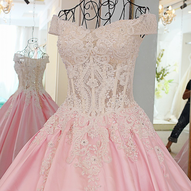 - 特別な日のドレス - 写真 2