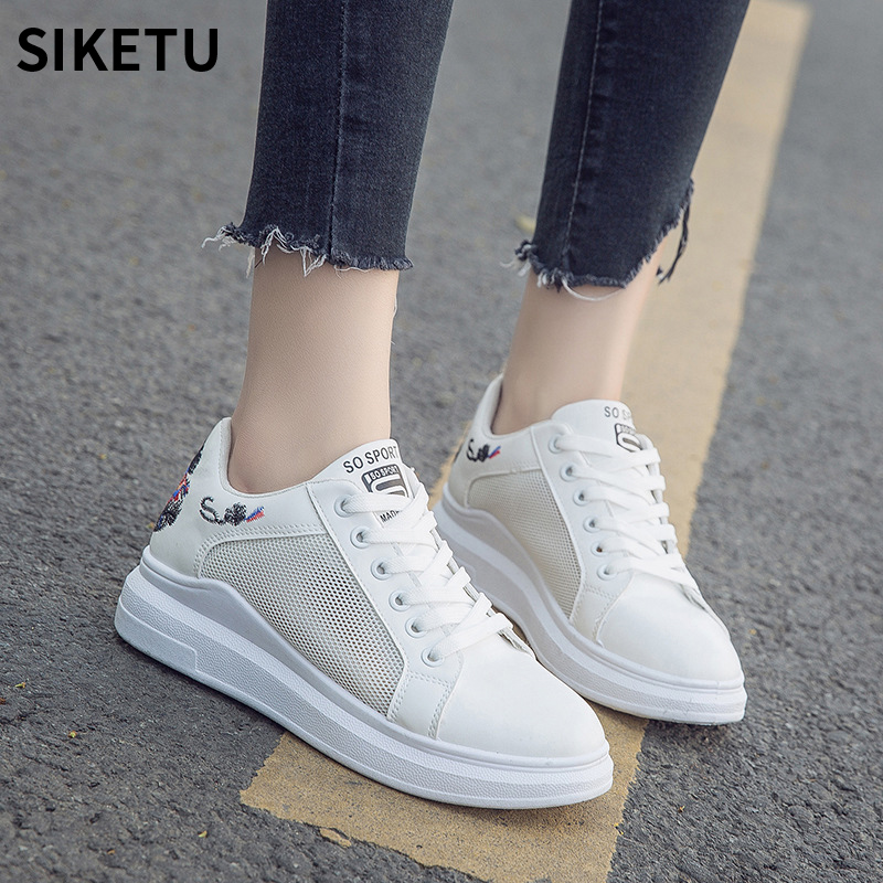 Women Casual Mesh Shoes Fashion Embroidered Breathable Hollow Lace-Up White Board Shoes Women Summer Sneakers