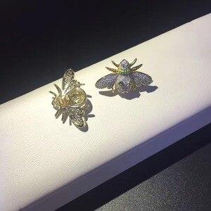 Image 4 - 925 スターリングシルバー立方ジルコン蜂のスタッドのイヤリングファイン女性ジュエリー送料無料