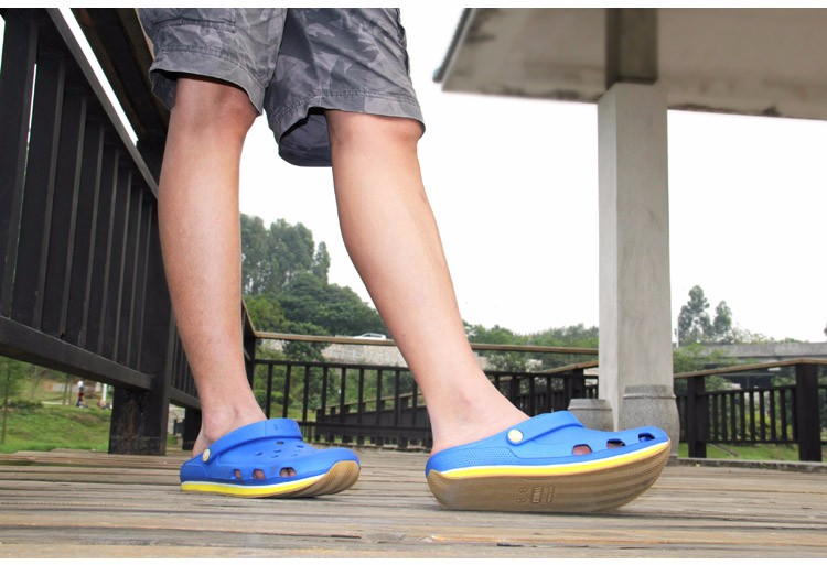 2016 Summer Mens Clogs Beach Slippers For Men Women Garden Shoes Mule Clogs Fashion Candy Color Adult Clog Clogs EVA Materials (12)
