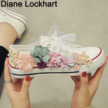 European station spring summer new fashion women's handmade flower lace round shoes flat Canvas shoes Girl Sneakers Mujer 35 36