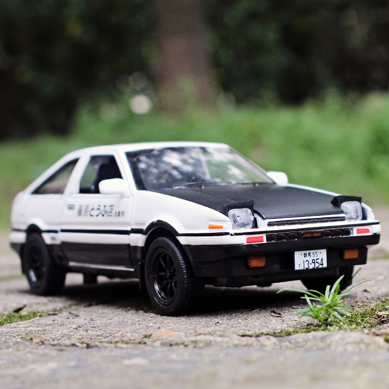 movie version initial d 1 28 multiple colour toyota ae86 sports car die cast metal alloy car. Black Bedroom Furniture Sets. Home Design Ideas