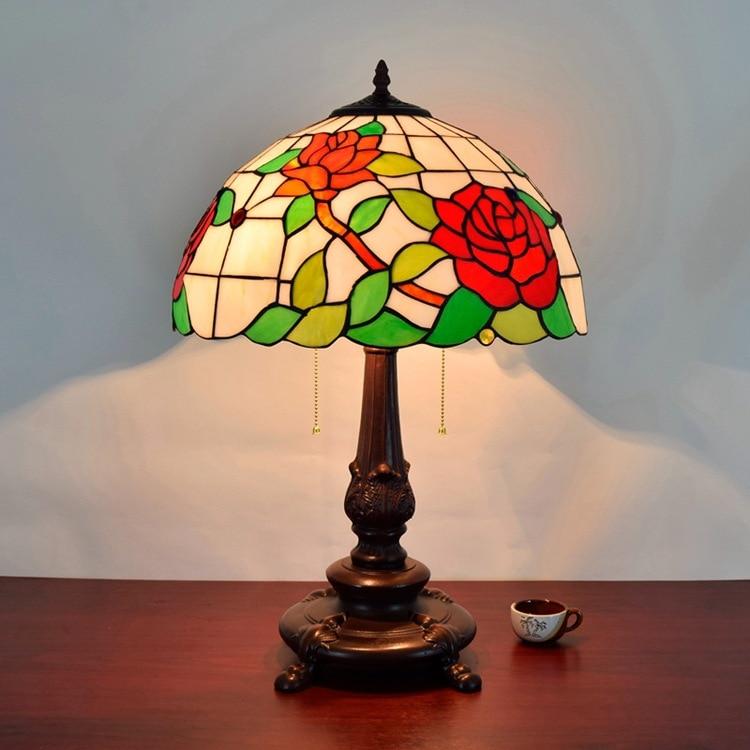 Красная роза цветок пятнистости Стекло абажур Тиффани настольные лампы страна Стиль ночники E27 110-240 В