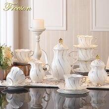 Чайный сервиз с золотой инкрустацией чайный из фарфора в Европейском