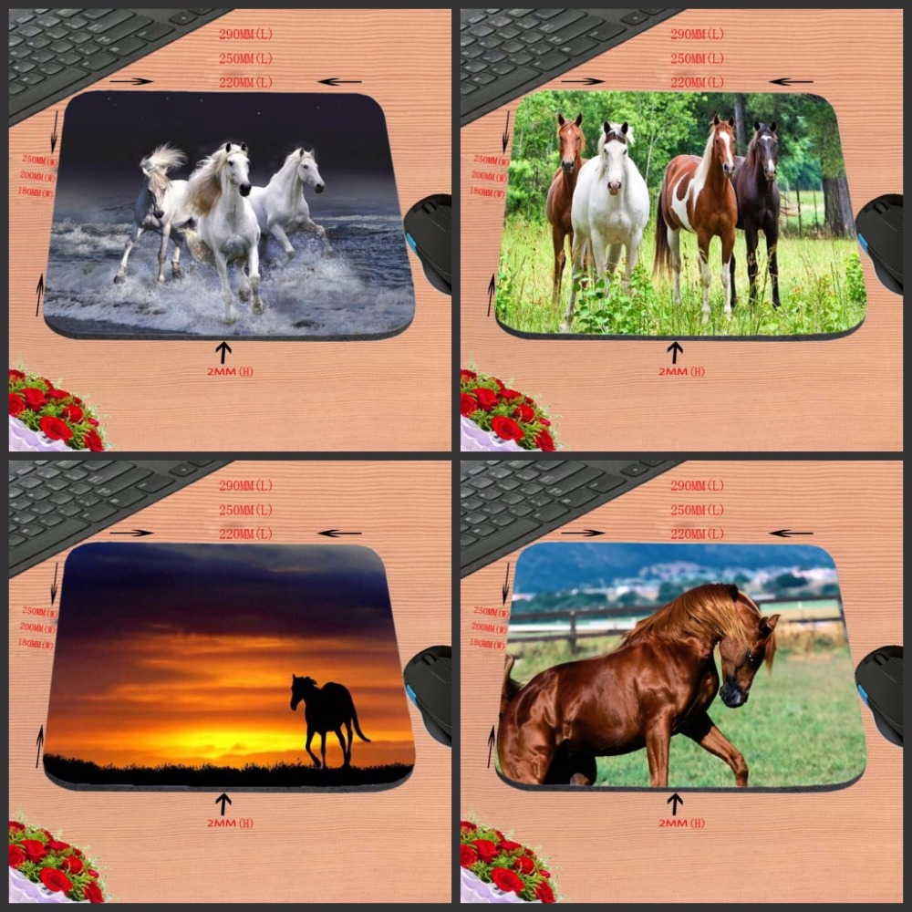 New Arrival Top Selling Running Horse Print 18 22cm 25 20 cm 25 29cm Rubber Mouse