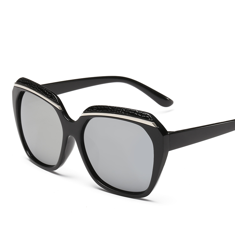 Hindfield Female Fashion Sunglasses Dark Glasses Women Brand Designer Sun Glasses Ladies UV400 Shades Lunettes Oculos