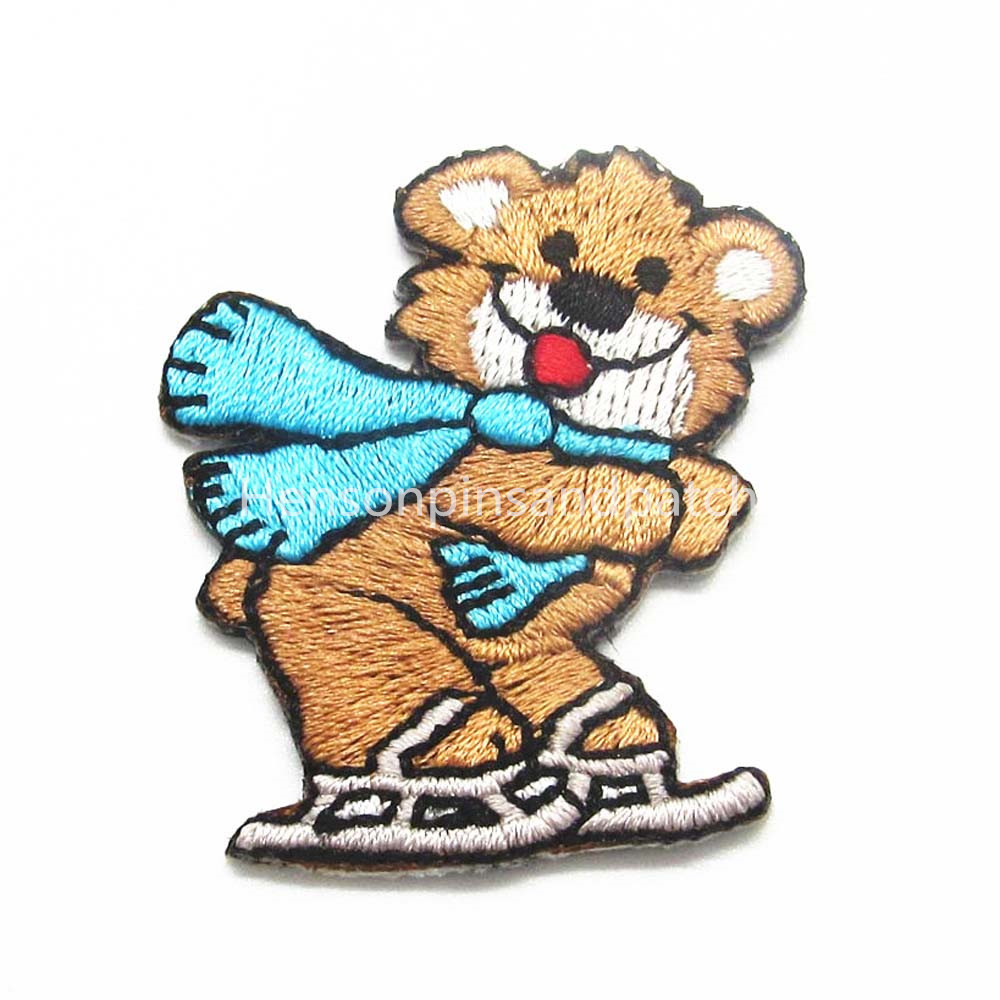 Custom small lovely animal design patches cartoon embroidery patches for kids clothing