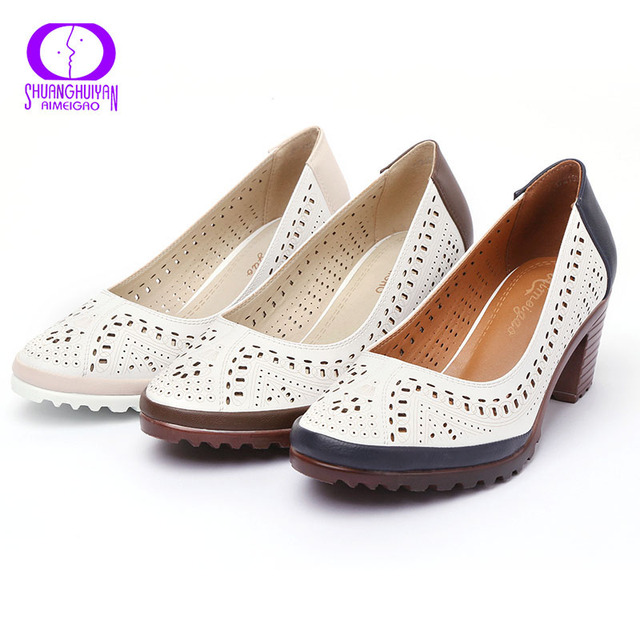 2017 Summer Style Hollow Out Sandals Soft Leather Women Shoes Pointed Toe High Heel Sweet Woman Pumps Plus Size Retro Shoes