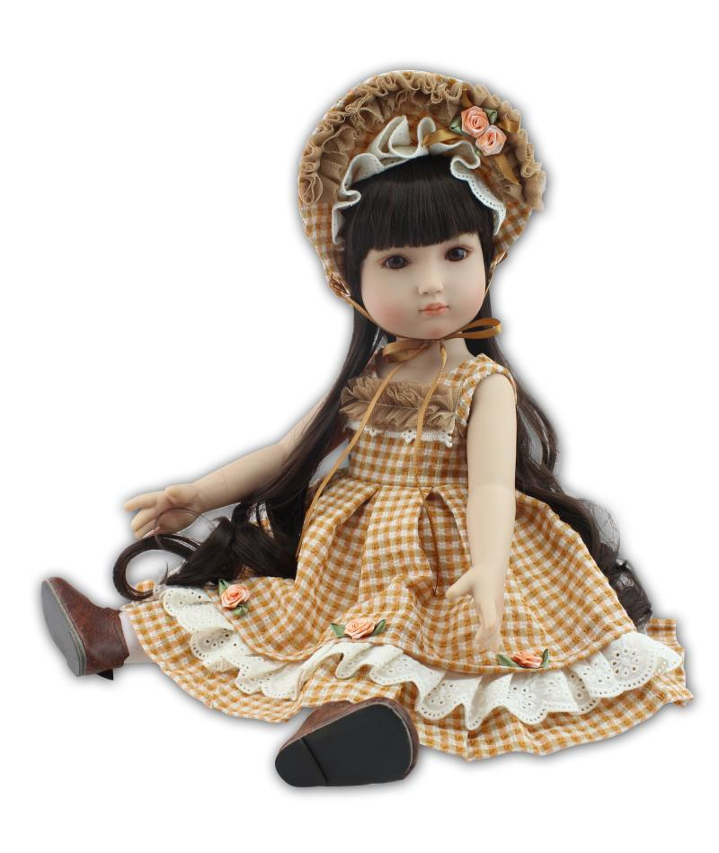 with Yellow hat 18inch Silicone Reborn Doll Toy  Realistic Lifelike Princess girl doll Interactive toys Brinquedos For children