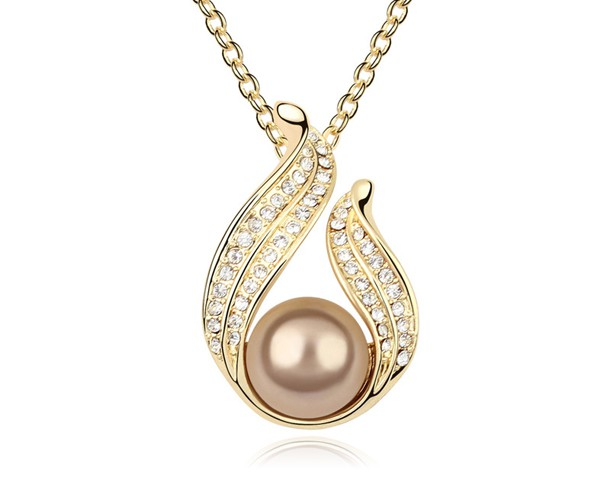 Wedding Gifts For Women: Austrian Crystal & Pearl Necklace Pendant Mother's Day
