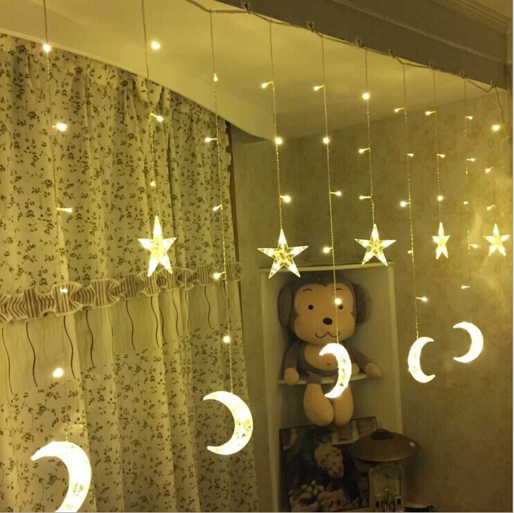 2.5M LED Holiday Valaistus Joulu Koristeellinen Xmas Verho String Fairy Garlands Party Wedding Light US110 EU220v ilmainen toimitus
