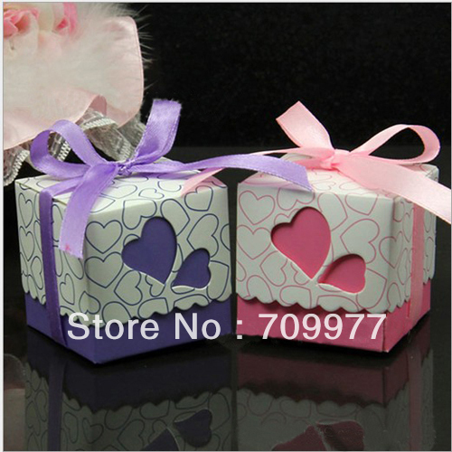 50pcs Hollow out Love Joyful Heart Wedding boxes Gift Favor Candy Box Ribbon