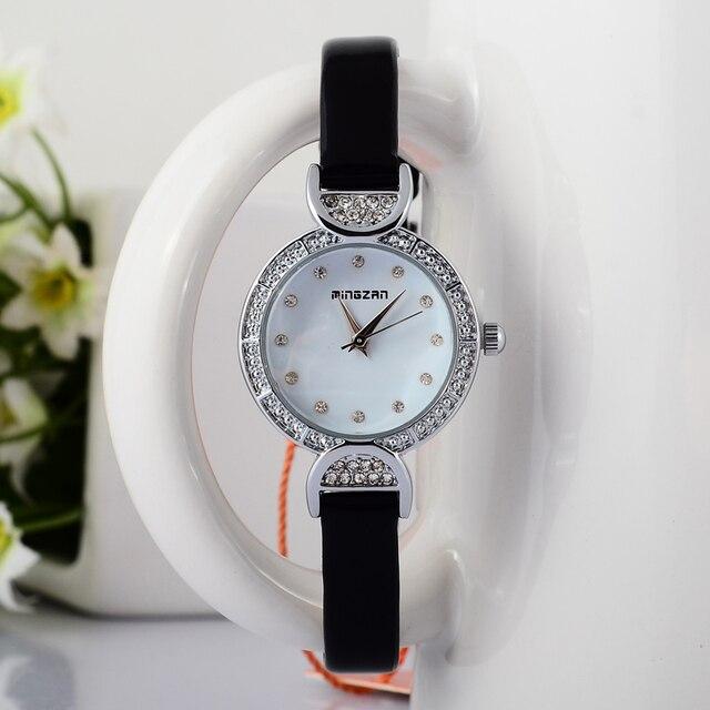 Kleine Leder Armbanduhr