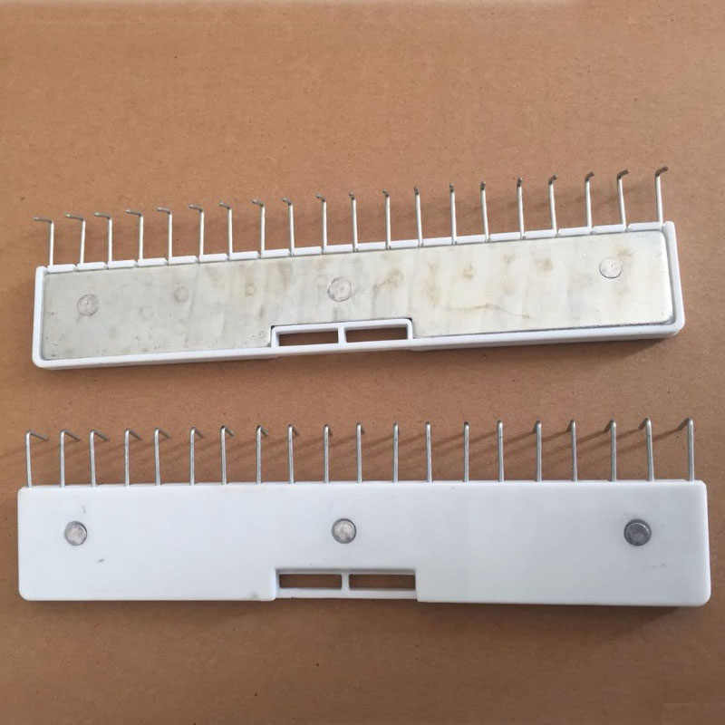 TK61 BROTHER KNITTING MACHINE PARTS ACCESSORIES RIBBER KR850 WIRE LOOP HANGERS