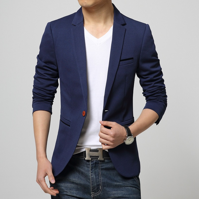 Polo Shirts & Blazers. If you prefer to wear your navy blue blazer in a casual setting – you are in luck. A high-quality polo shirt worn under a navy blue blazer is an excellent option when not required to .