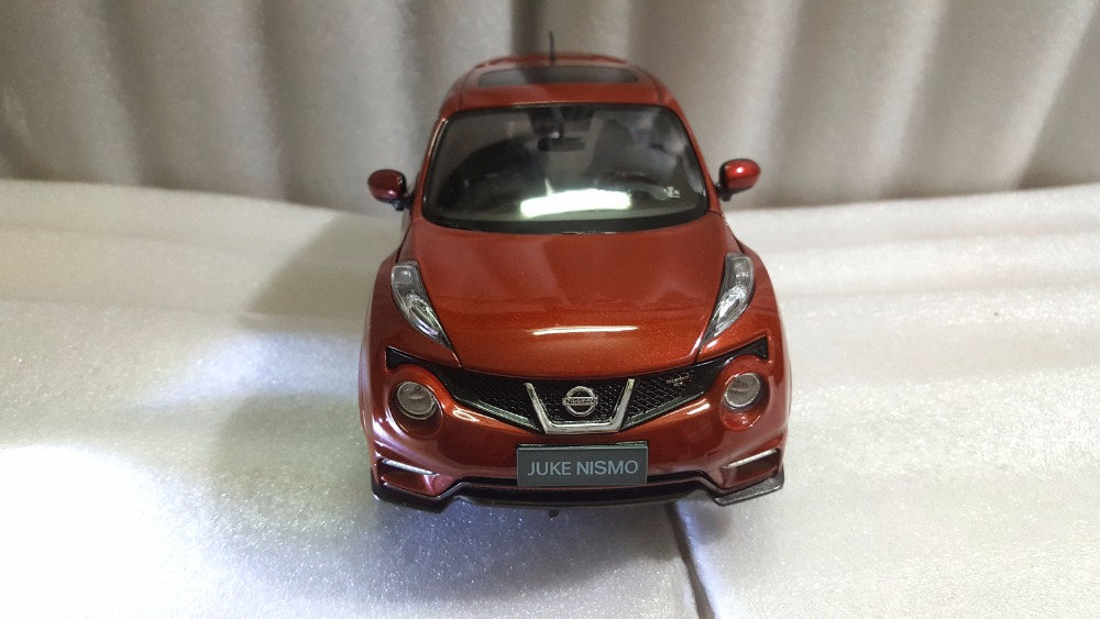 1:18 Diecast Model for Nissan Juke Nismo RS 2014 Red Alloy Toy Car Miniature Collection Gifts