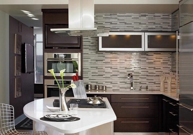 Mosaico di pietra di vetro strip line moderna breve cucina