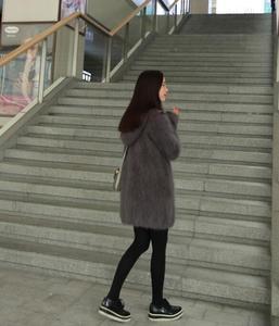 Image 4 - 2020 New Arrivals Vintage Hooded Women Natural Soft Mink Cashmere Cardigans Real Mink Cashmere Sweater wsr336
