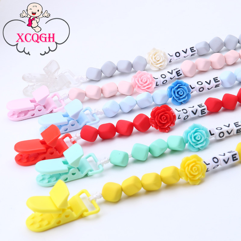 XCQGH Personalised Name Baby Pacifier Clips Flower Dummy Clip Nipple Holder for Infant Feeding Pacifier Clip Attache Sucette
