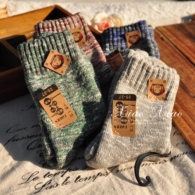 New 2016 mixed colorful cotton yarn autumn winter jacquard weave stripes retro thermal knitting women brand thick harajuku socks