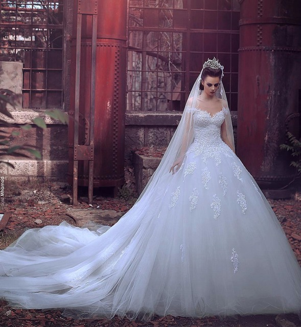 Vintage Lace Cap Sleeves Tulle Princess Wedding Dresses: Aliexpress.com : Buy Gorgeous Princess Wedding Dresses