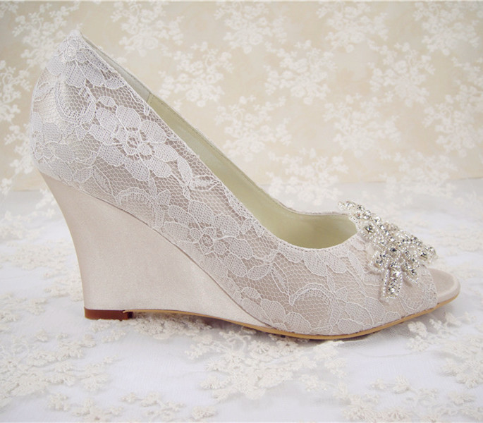 Rhinestones Bridal Shoes  Women s Wedding Shoes  Wedges Lace Shoes Pointed  Toe Bridal Ivory White  3.5 inches Heel  Size 4.5-10 6e9831dec