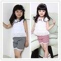 Encaje Ropa de los cabritos Los Niños Ropa de La Muchacha Set Camiseta Y Pantalones Cortos de Celosía Pantalones 2 Colores Traje de Bebés