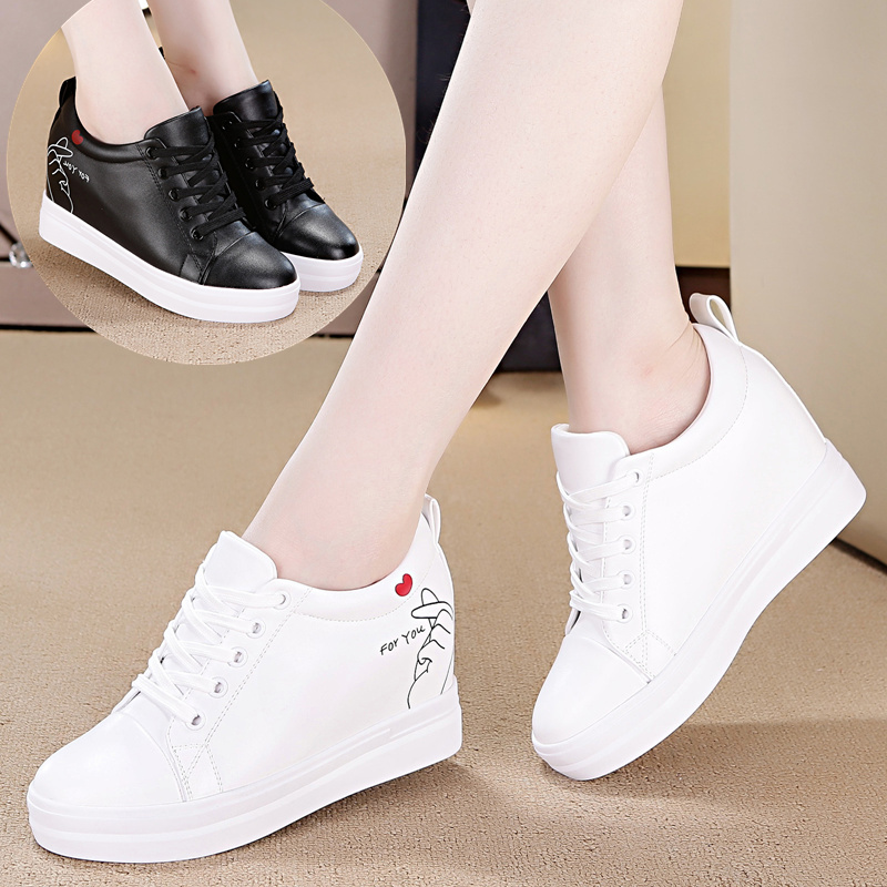 Small white shoes female 2018 spring new increase inside round single shoes fashion wild autumn casual flat shoes.Small white shoes female 2018 spring new increase inside round single shoes fashion wild autumn casual flat shoes.