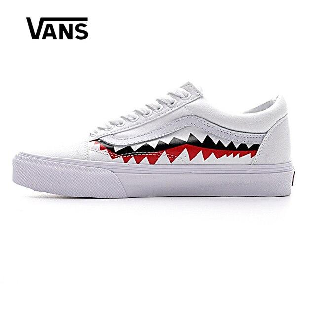 Asli Pria   Wanita Klasik Van X Bape Sharktooth Kustom Bape Skateboard Sepatu  Sneakers Kanvas Outdoor 6bc17b1aab