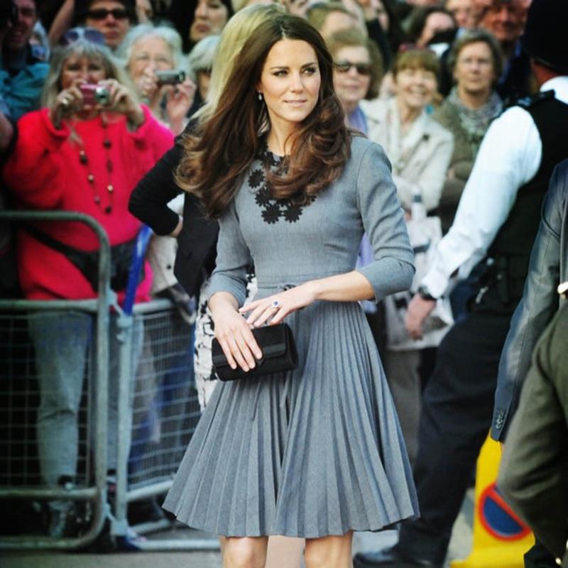 Trois quarts manches plissées robes Kate Middleton princesse soie broderie travail manuel élégant 100% vraies Photos robe S-2XL