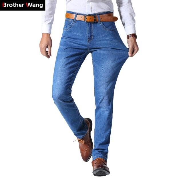 2019 homens Novos do Verão Luz Fina Jeans Business Casual Estiramento Magros Calças Jeans Luz Azul Calças Masculinas Marca plus Size