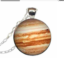 2017 Hot Sale Unisex Trendy Round Maxi Necklace Collier Collares New Jupiter Necklace Pendant Planet Science Jewelry Geek Space