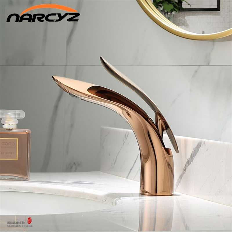 Basin Faucets Modern Rose Gold  Bathroom Faucet Waterfall Single Hole Cold and Hot Water Tap Basin Faucet Mixer Taps  XT-423