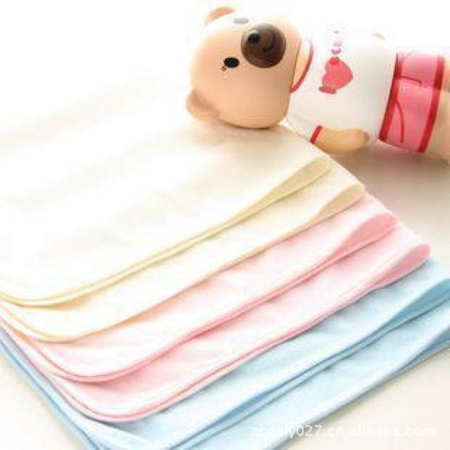 Bling Recommend Free Shipping 4pcs/lot 100% Bamboo Fiber Baby Diaper 46X32CM Changing Mat Washable Diapers Waterproof 0430-02