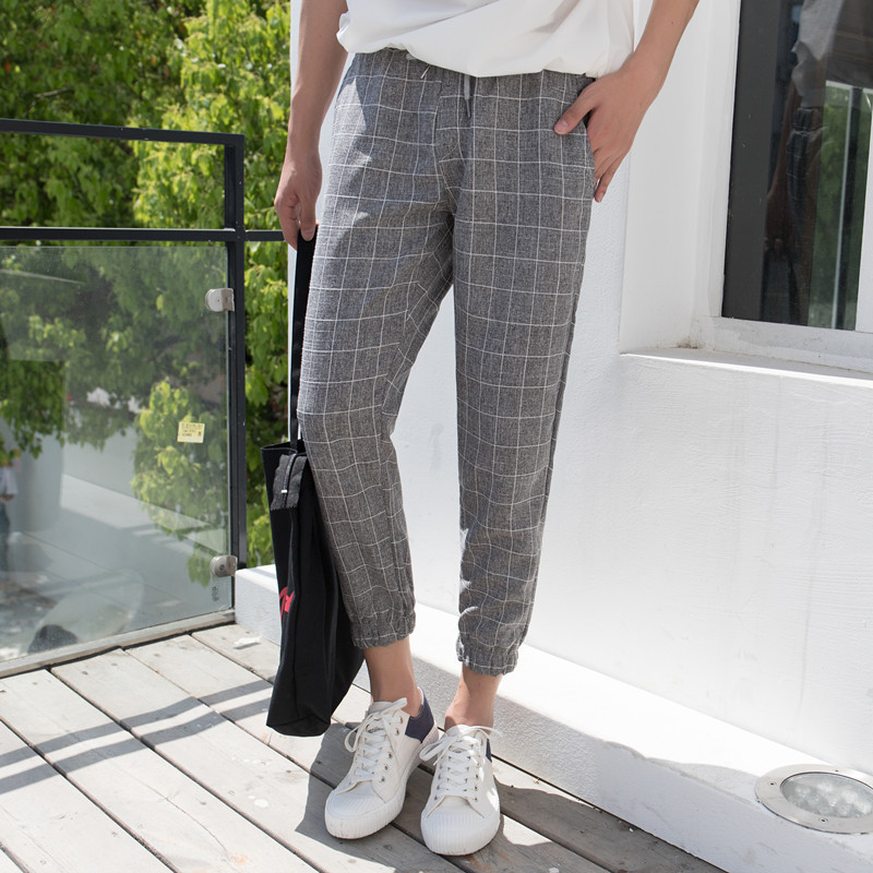 2018 Summer New Lattice Bound Feet Pants Man Nine Part Men And Women Easy Leisure Time letter Fashion Favourite Free shipping