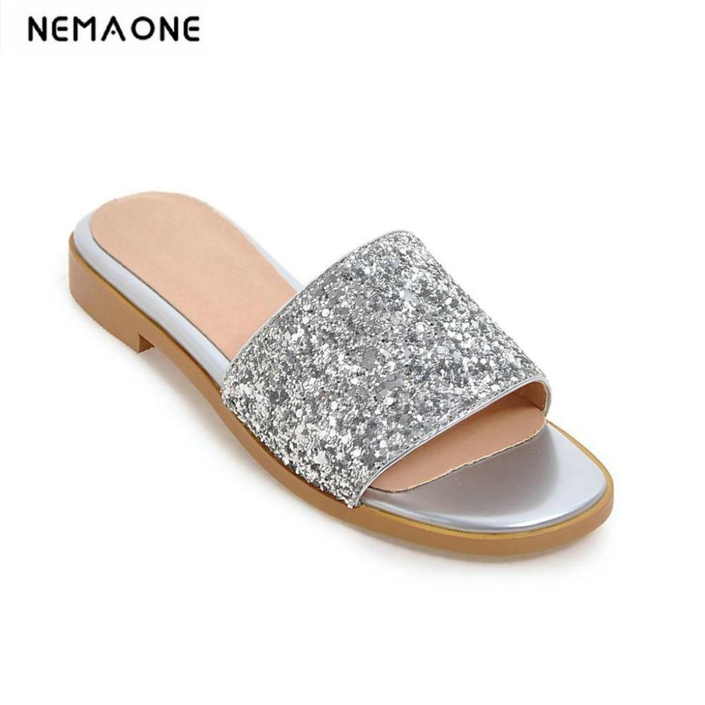 8e06d1a024bee blanco Nuevo Zapatillas 2018 Bling Negro Plana Mujeres Mujer plata De oro  Dulces Zapatos Sandalias Verano ...