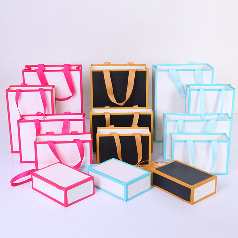 Gift Frame Paper Bag With Ribbon Handle MOQ 100pcs Customization 1 Color Logo For Commercial Gift Cloth Packing
