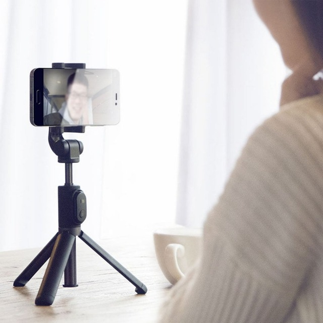 Bluetooth Mini Tripod and Selfie Stick for Phone
