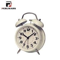 Brief Alarm Clock Metal / Glass Mirror Mute Movement Digital 12 Hour Modern Table Clocks Table Time Watch Night Light Decoration