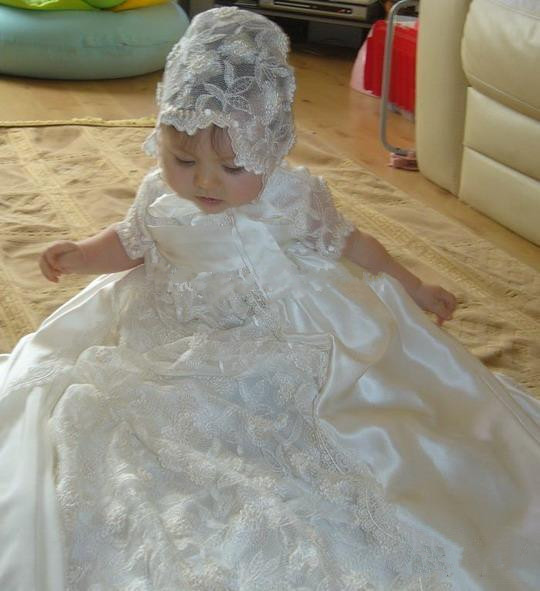 2016 Baby Girl New Christening Dress Baptism Gown Lace Satin White/Ivory With Bonnet Free Shipping