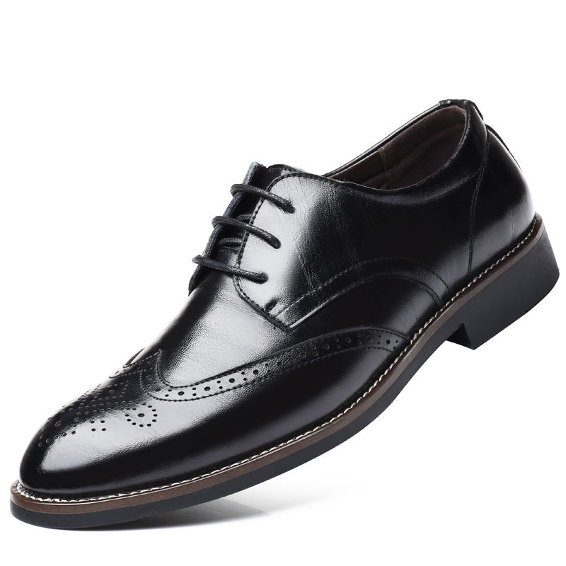 Pointed Men Brogue Shoes Italian Brand Fashion Style Leather Dress Office Shoes Black Brown Luxury Breathable Men Oxford Shoes in Formal Shoes from Shoes