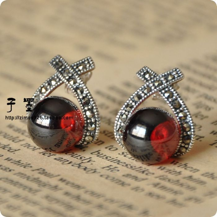 925 Sterling Silver era Bangkok silver pirate captain Thailand Pu Silver Garnet Earrings