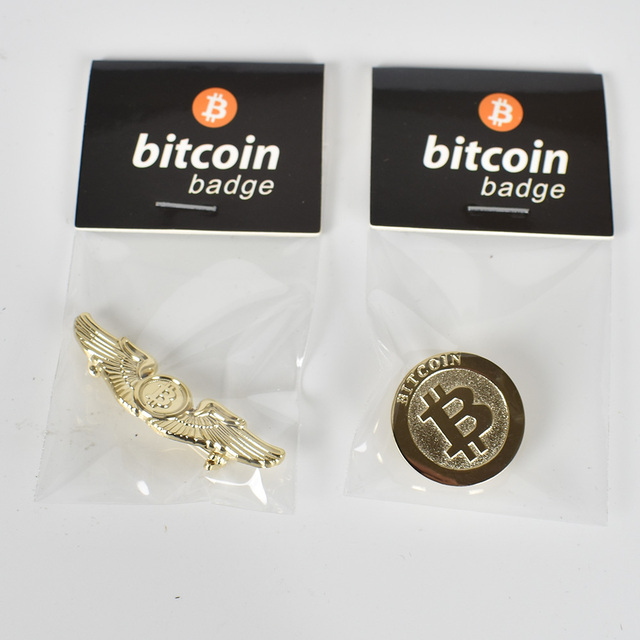 2 Different Design Fashion Gift Bitcoin Coin Badge Metal Medallion For Clothing Round Wing shape