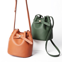 2018 Fashion Exquisite Women's Bucket Bag Vintage Tassel Messenger Bag High Quality Retro Shoulder Bag Female Crossbody Bag Tote