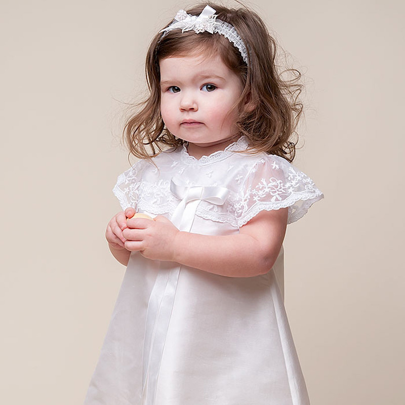 ФОТО Traditional Christening Gowns For Baby Girl Exclusive Appliques Round Collar Heirloom Baptism Clothes Muslin Infant Gowns 2017