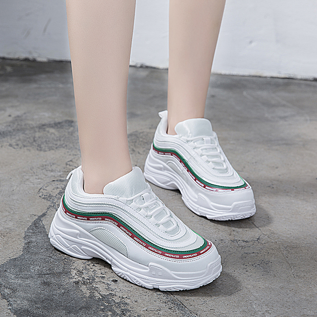 Women Sneakers Mesh Shoes Women Tenis Feminino Sapato Casual Shoes Lace Up Sneakers Woman Breathable White Flats Chaussure Femme