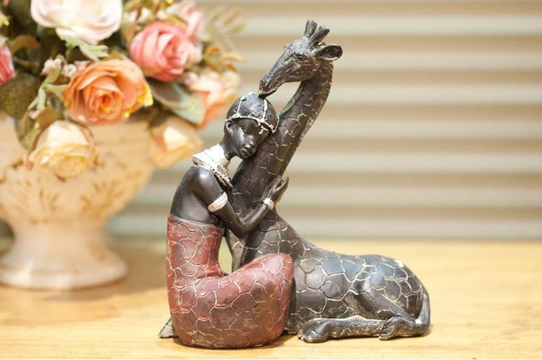 Vintage Creative African Style Resin Wild Animals Giraffe Statue Figures Sculpture Crafts Gifts Home Decoration Accessories Love